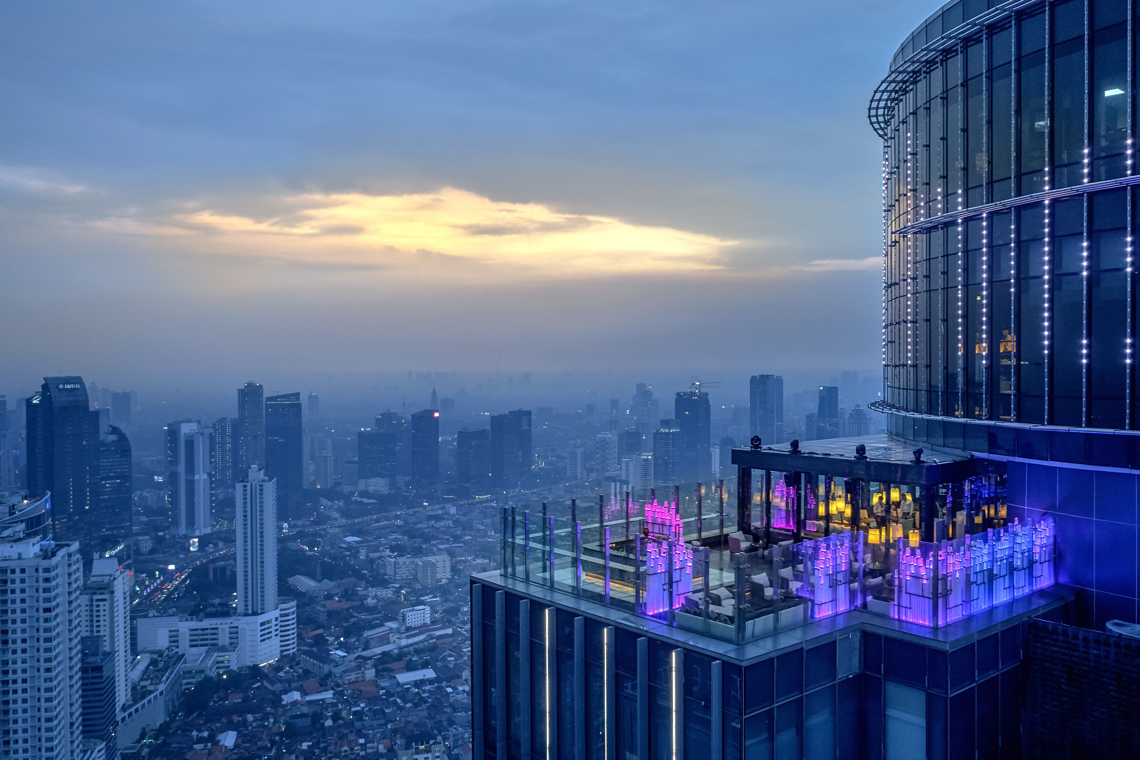 Henshin Restaurant and Bar | The Westin Jakarta